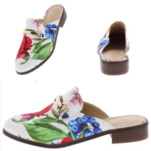 Chase +Chloe White Floral Print Flat Shoes